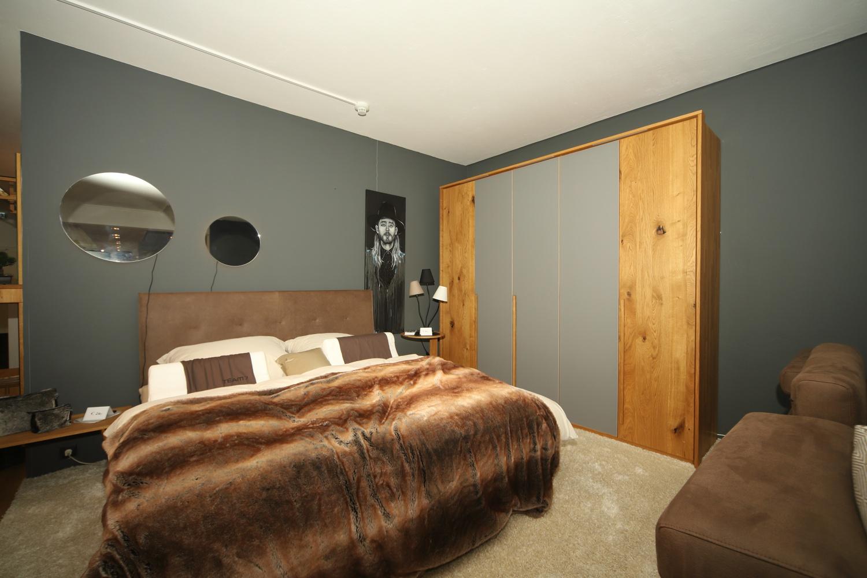 Modernes Schlafzimmer im Einrichtungshaus Schwab-Walcher