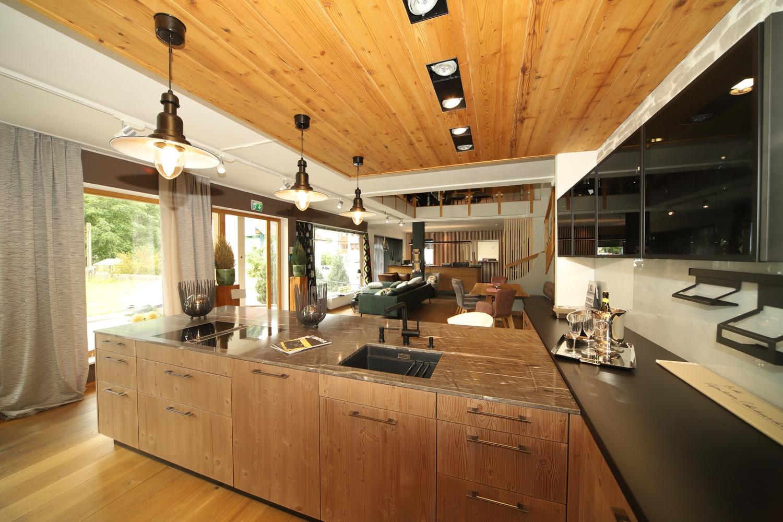 Hochwertige Küche im Einrichtungshaus Schwab-Walcher