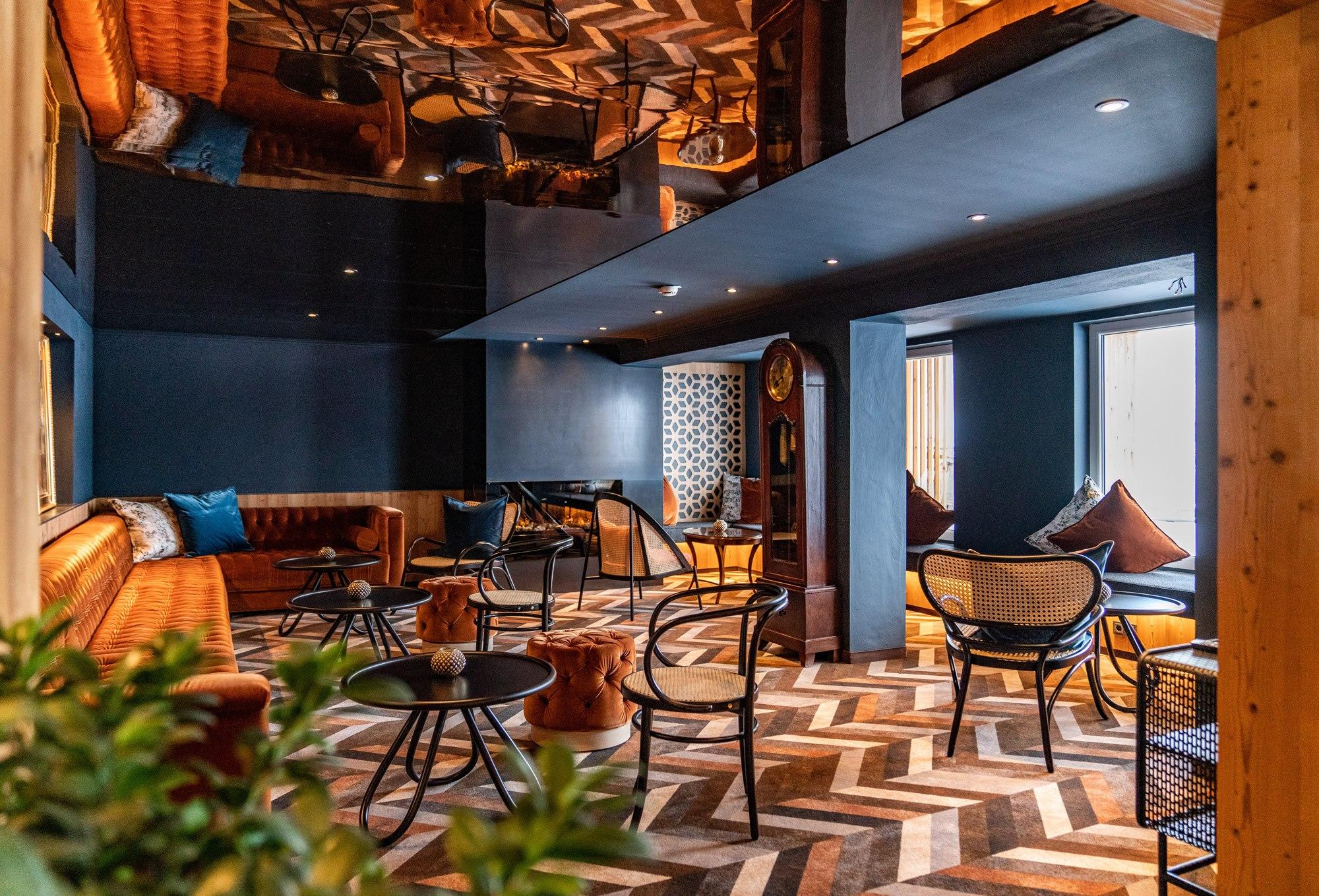 Hotel Erzherzog Johann - Lobby Deckenspiegel
